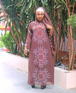 Habeebat Fakeelah Abaya