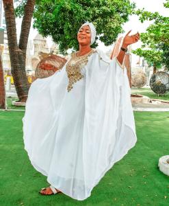 Habeebat Zainab White Abaya